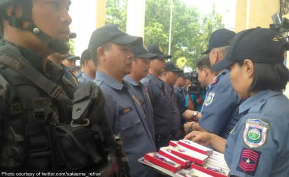 politics_DILG-gives-medals-to-cops-involved-in-Kidapawan-bloodbath