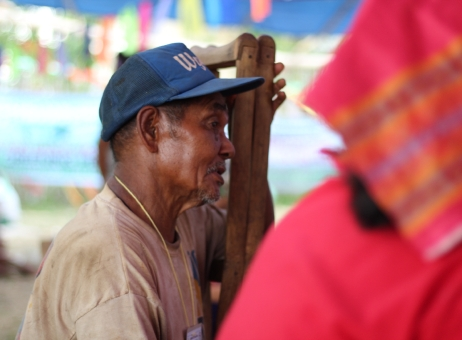 A Mangyan kuyay. (Photo Mark Ambay III)