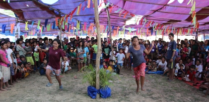 Traditional games played during the Mangyan Day activities. (Photo Mark Ambay III)